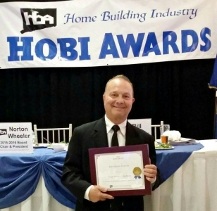 Leigh Overland at Hobi Awards